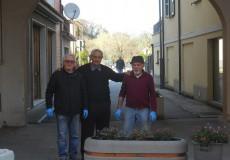 San Lorenzo in Campo, verde e decoro urbano: tutti gli interventi. Anche i volontari al lavoro